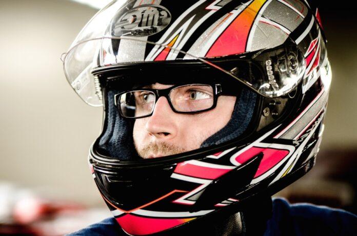 Brýle v helmě